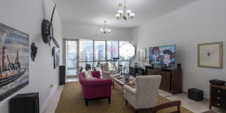 Flatmate wanted in Dubai Marina, master room in huge new 3 bed apt2