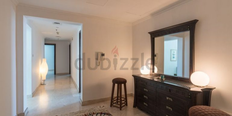 Flatmate wanted in Dubai Marina, master room in huge new 3 bed apt7
