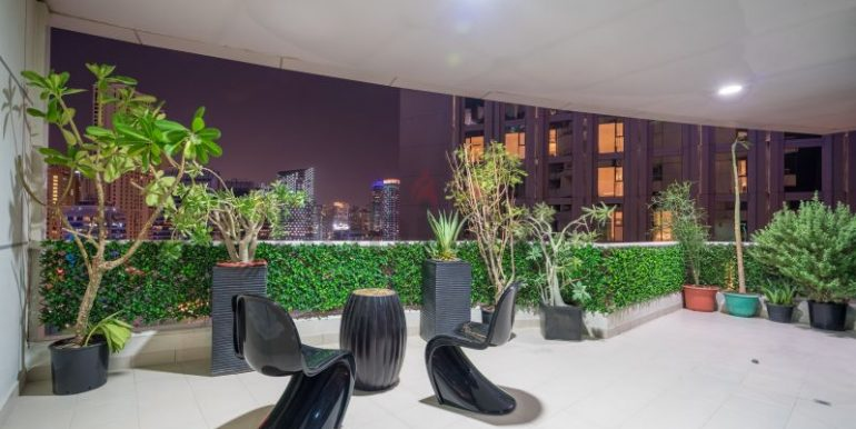 Flatmate wanted in Dubai Marina, master room in huge new 3 bed apt9