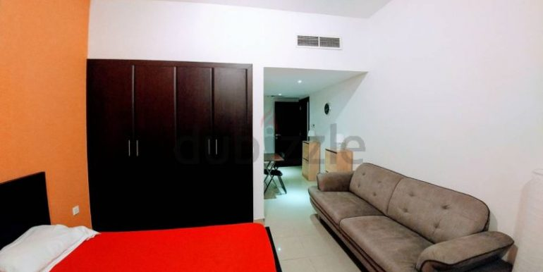 Fully furnished luxurious bed space for decent bachelors2