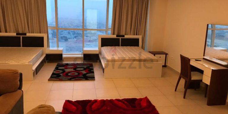 Luxury Bed Space Master Room In Dubai Marina Sea View New Apartment only ladies2