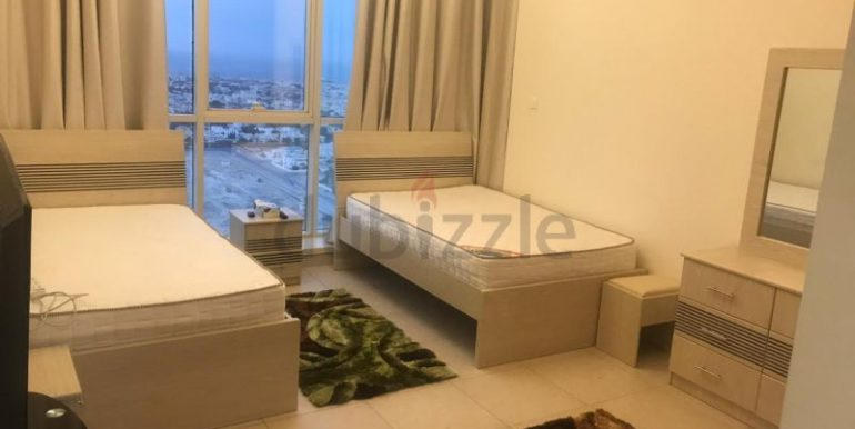 Luxury Bed Space Master Room In Dubai Marina Sea View New Apartment only ladies3