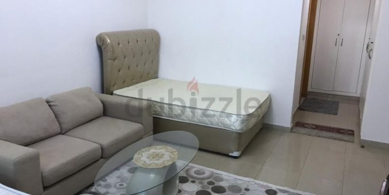 Luxury Bed Space Master Room In Dubai Marina Sea View New Apartment only ladies5