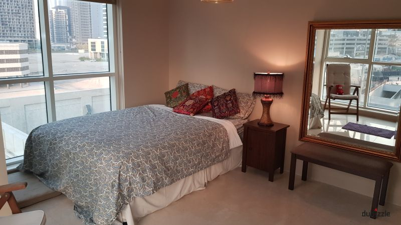Master Bedroom Behind Mall of Emirates – Ladies