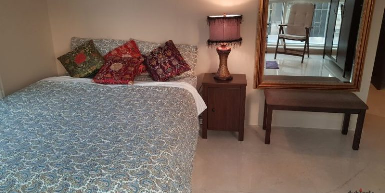 Master Bedroom Behind Mall of Emirates - Ladies2