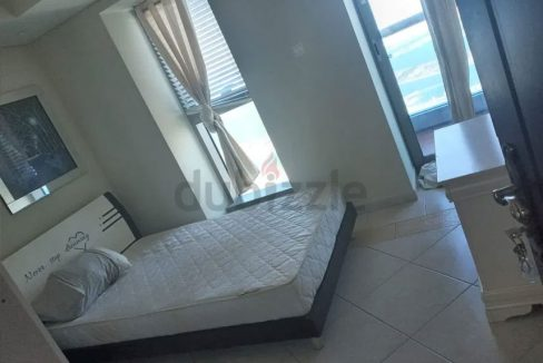 Read Room with balcony 2300 at princess tower