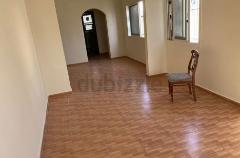 Room for Rent in satwa for bachelors