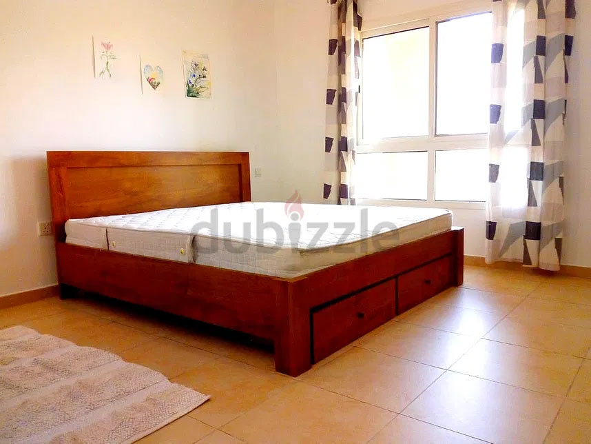 Private Huge Living Room for rent with Balcony