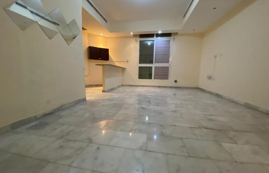 Spacious 1 BHK in Khalifa A, Ready To Move Now