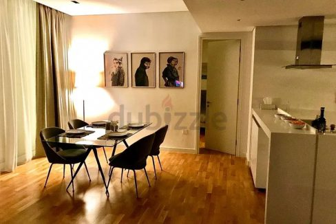 LUXURIOUS   FULLY FURNISHED APARTMENT   BLUEWATERS