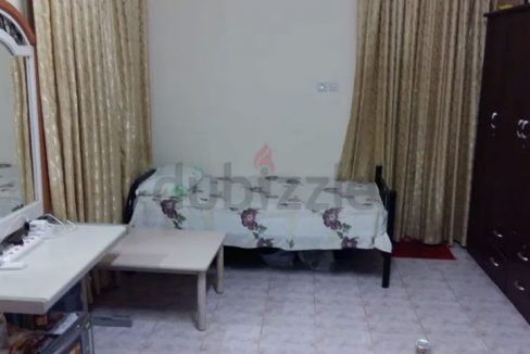 One bedroom available for singles in Al Mushrif Area