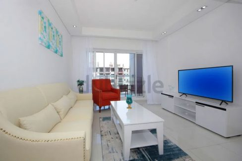 Sublime Quality 1BR Apartment in Topaz Residence 1,DSO