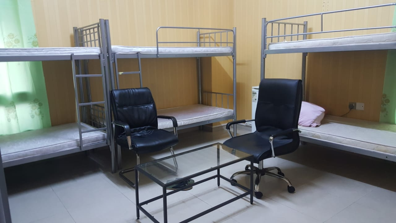 Just in @600 Bed Space for Male & Females Available in Bur Dubai, C/Ac, Inclusive All