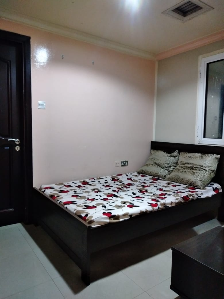 Furnished Couples Rooms @2000 With Attach Washroom Inclusive All in Bur Dubai